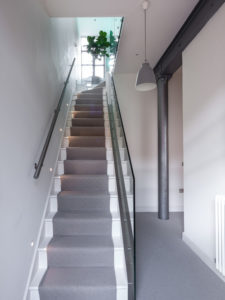 013125130412df0f_0368-w500-h666-b0-p0-industrial-staircase