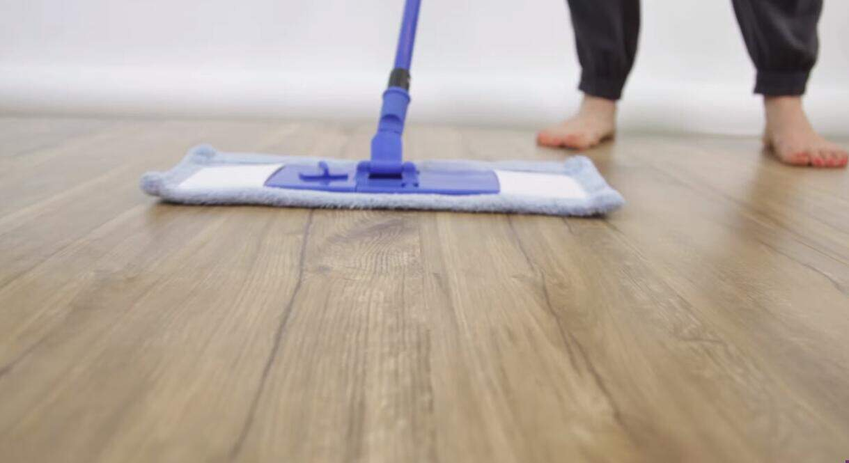 How to Clean Laminate Floors 1